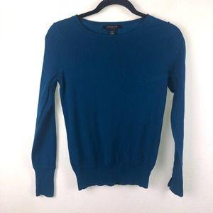 Ann Taylor Blue Lightweight Sweater Size XS Petite